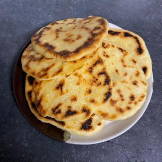 naanbrood zelf gebakken