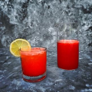 Aardbeienlimonade met citroen
